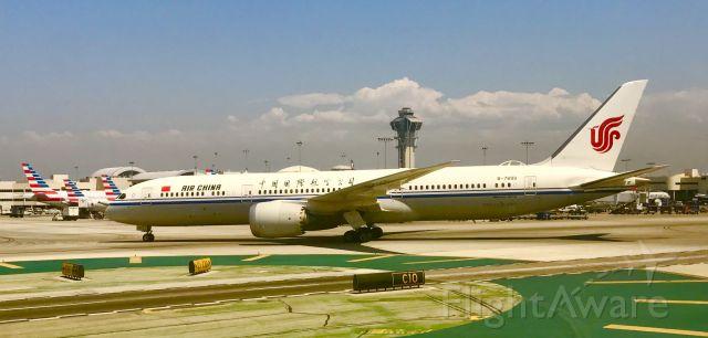 Boeing 787-8 (B-7899) - B787 at KLAX