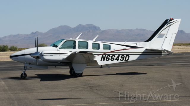 Beechcraft Baron (58) (N6649D)