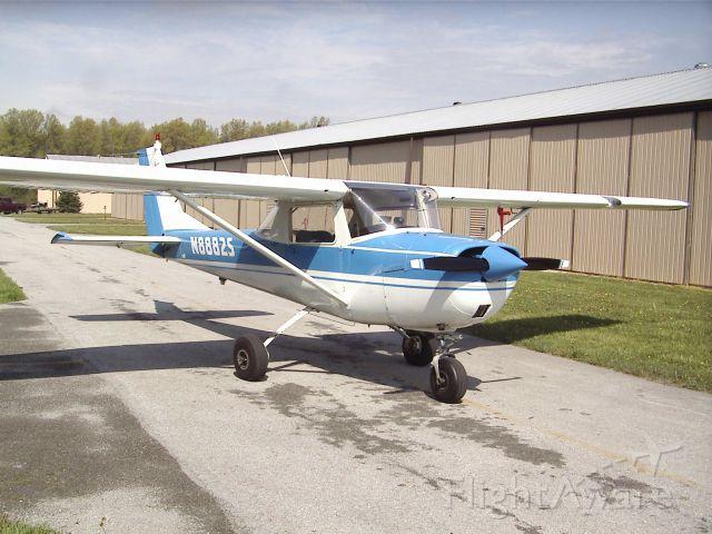 Cessna Commuter (N8882S) - 1966 Cessna 150F