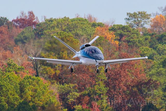 Cirrus Vision SF50 (N234HS) - I shot this photo of the Cirrus Vision on final approach at Atlanta's PDK airport. I thought the colors and clarity were fantastic, so I decided to share it. I shot this photo with a Canon 600mm lens with a shutter speed of 1/1000 second F/8 and ISO 400. POSITIVE VOTES AND COMMENTS ARE ALWAYS APPRECIATED...!      Thanks!