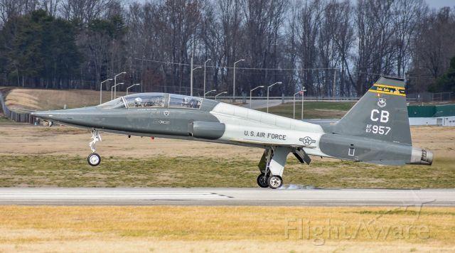 Northrop T-38 Talon (66-7957)