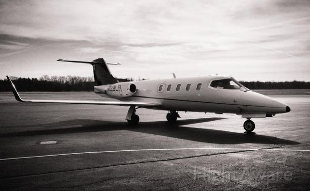 Gates Learjet 29 (N128LR) - One of the few LJ-28s flying! What an awesome sight to see!