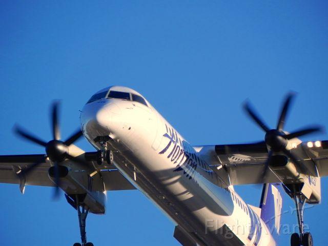 de Havilland Dash 8-100 (N435QX)