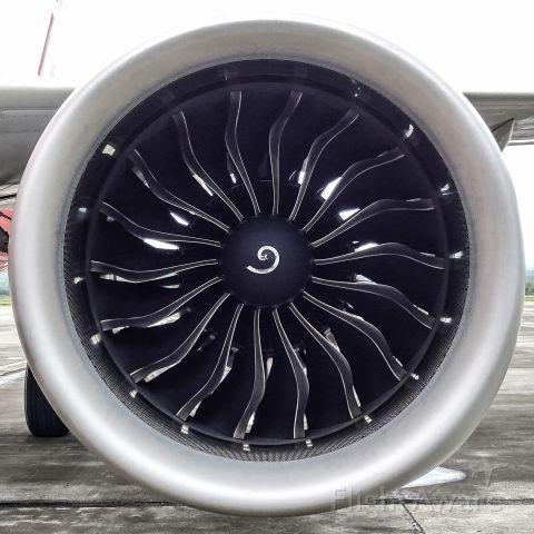 Airbus A320 (9M-RAM)