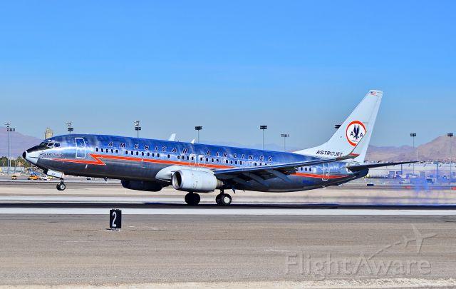 Boeing 737-800 (N951AA) - N951AA American Airlines 2000 Boeing 737-823 / 3CF (cn 29538/720)  - Las Vegas - McCarran International (LAS / KLAS) USA - Nevada, January 10, 2012 Photo: Tomás Del Coro