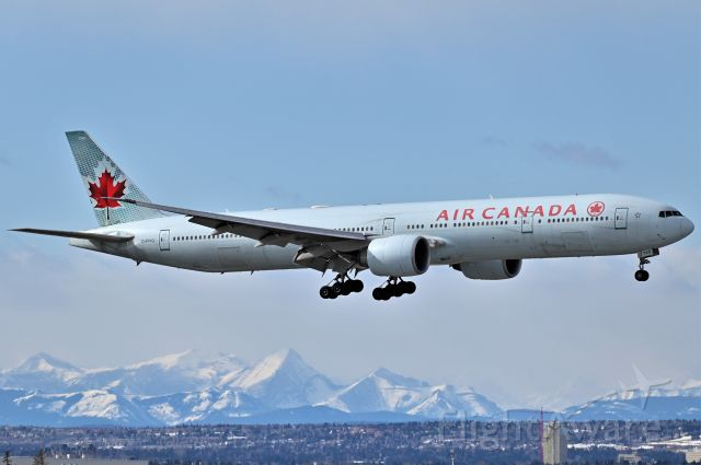BOEING 777-300ER (C-FIVQ) - Air Canada Boeing 777-333(ER) arriving at YYC on Mar 2.