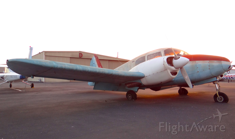 Piper Apache (N3169P)