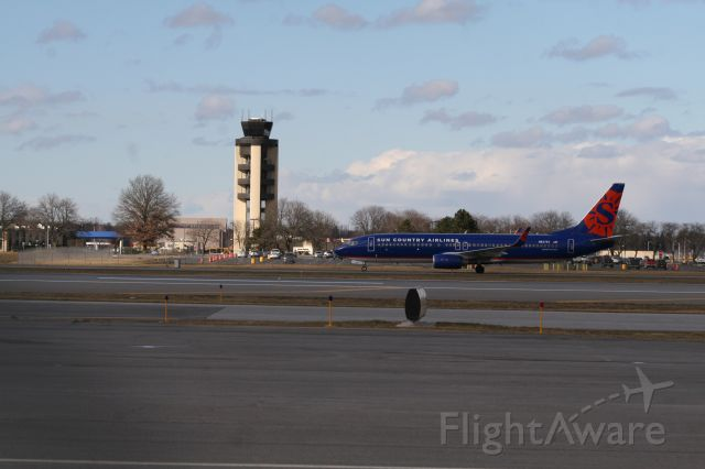 Boeing 737-800 (N827SY) - Both CNY teams made it to tournament this year