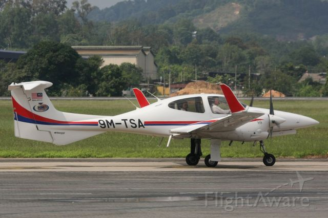 Diamond Twin Star (9M-TSA) - HM Aerospace