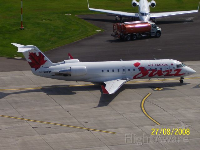 Canadair Regional Jet CRJ-200 (C-GKEP)