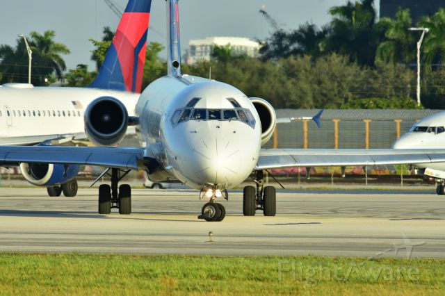 McDonnell Douglas MD-88 (N912DL)