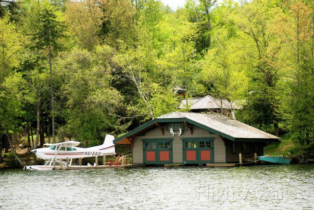 Cessna Skywagon (N61562) - Blue Mountain Lake, NY