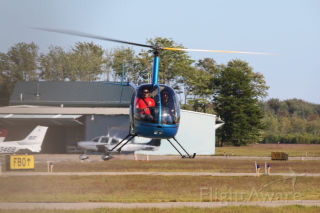 Robinson R-22 (N721RJ) - Helicopter training with York County Helicopters in a R22 BETA at SANFORD SEACOAST RGNL AIRPORT (SANFORD, ME) SFM