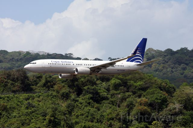 Boeing 737-700 (HP1721CMP) - Fly-by