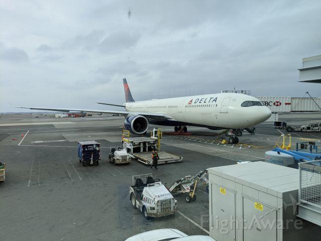 Airbus A330-300 (N405DX) - A330NEO at JFK