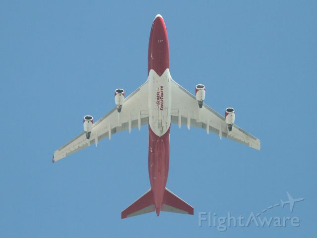 Boeing 747-400 (N744ST) - The one and only active Boeing 747 firefighting supertanker flies overhead on another sortie to fight the Glass wildfire in northern California.