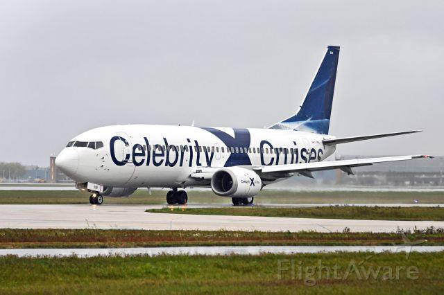 BOEING 737-300 (C-GPNL)