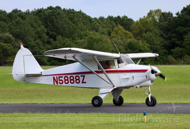 Piper PA-22 Tri-Pacer (N5888Z)
