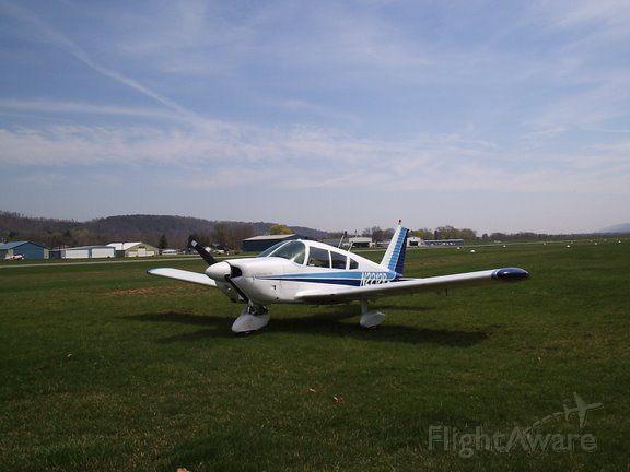 Piper Cherokee (N2212R) - 1969 Piper Cherokee 180
