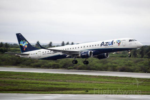 Embraer ERJ-190 (PR-AXA)