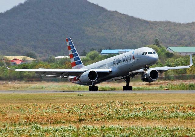 Boeing 757-200 (N191AN)