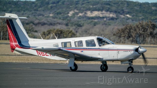 Piper Lance 2 (N621DB)