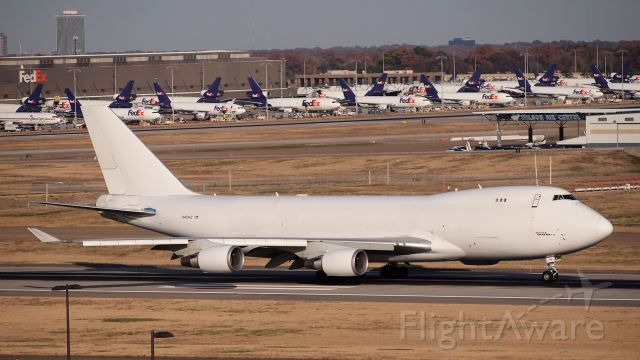 Boeing 747-400 (N404KZ)