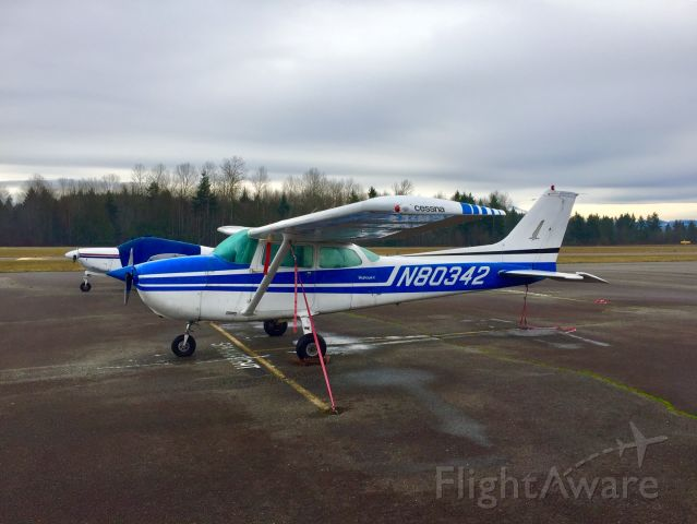 Cessna Skyhawk (N80342) - N80342 parked at Thun Field, waiting for its next student.