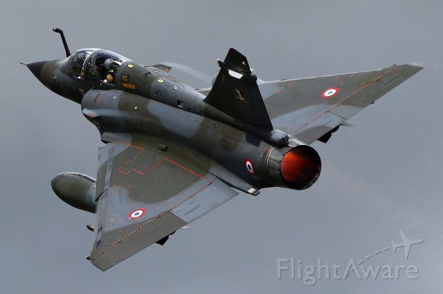 — — - Mirage 2000 departing RW 27 at RAF Fairford
