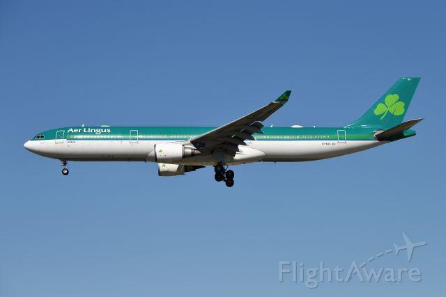 Airbus A330-300 (EI-EAV) - 10-08-20 28-C