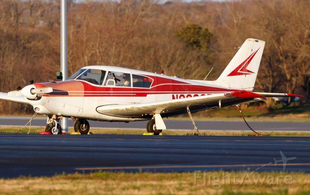 Piper PA-24 Comanche (N8232P)
