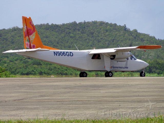 ROMAERO Islander (N906GD)