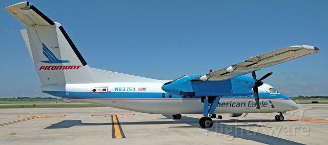 de Havilland Dash 8-100 (N837EX) - Finally got a shot of the Piedmont dash 8.br /br /7/5/17