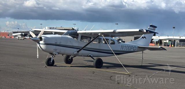 Cessna T207 Turbo Stationair 8 (N100PC)
