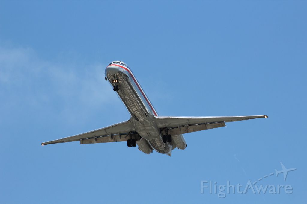 McDonnell Douglas MD-83 — - Old, shiny livery on the beloved MD83 from American.