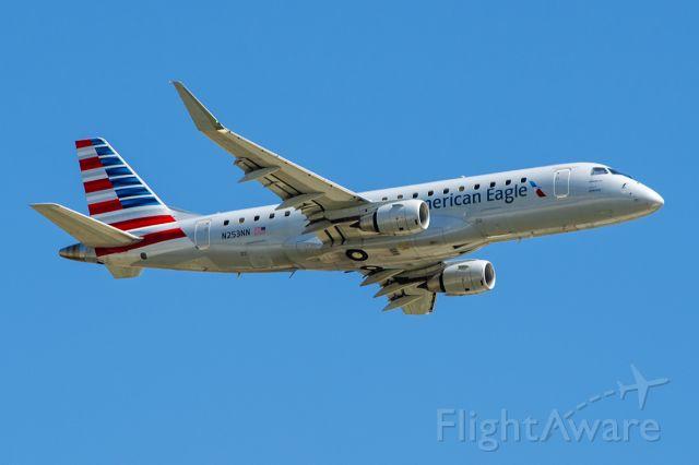 Embraer 175 (N253NN) - 9/20/2020