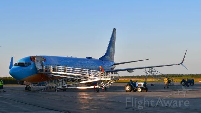 Boeing 737-800 (C-GWSV) - WestJet Boeing 737-8CT(WL) C-GWSV in Charlottetown
