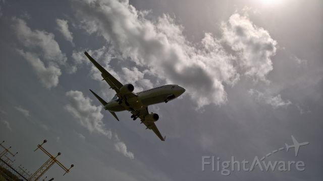 Boeing 737-800 (9Y-BGI)