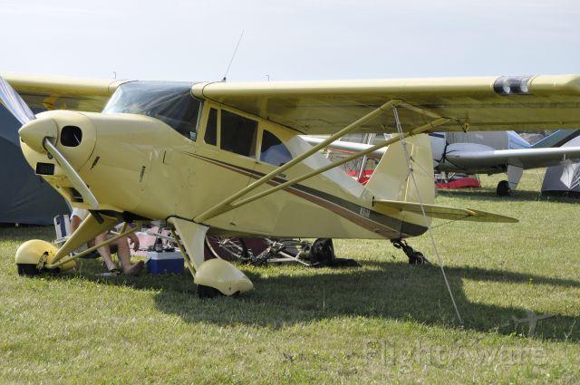 Piper PA-22 Tri-Pacer (N2818P)