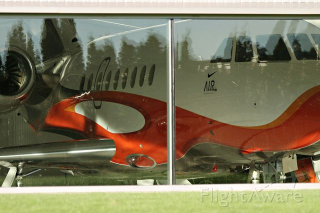 Dassault Falcon 2000 (N6453)