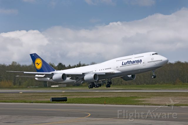 Boeing 747-200 (D-ABYA)