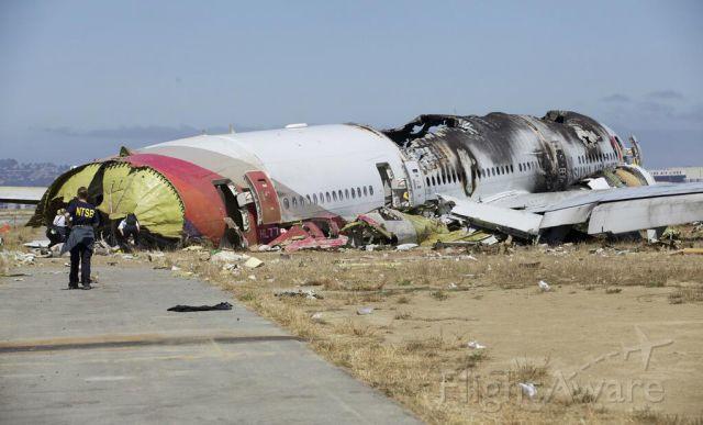 Boeing 777-200 (HL7742) - Photo courtesy NTSB