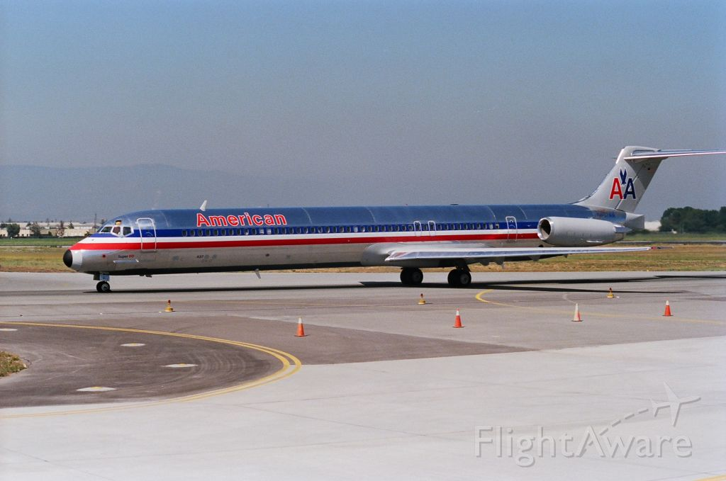 McDonnell Douglas MD-80 (N437AA) - KSJC - late 1980s at San Jose - just landed 30L and on taxi to the Terminal C area