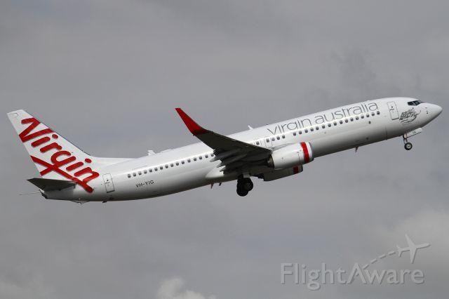 Boeing 737-800 (VH-YIG)