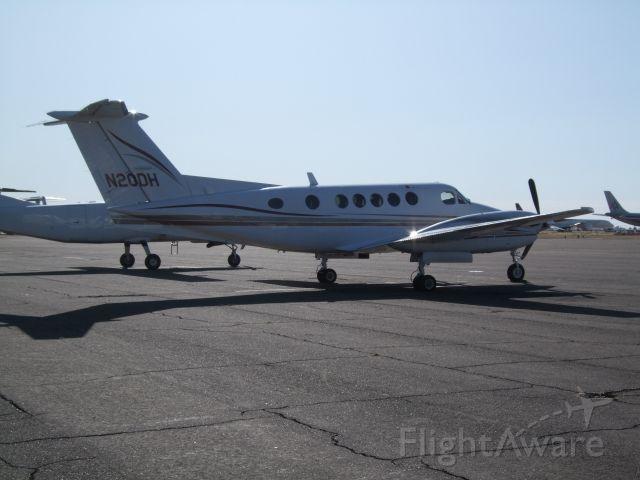 Beechcraft Super King Air 200 (N20DH)