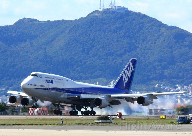 BOEING 767-300 (JA8961) - 1/640 f14 ISO400 247.0mm