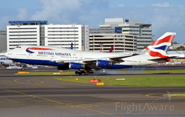 Boeing 747-400 (G-BNLZ)