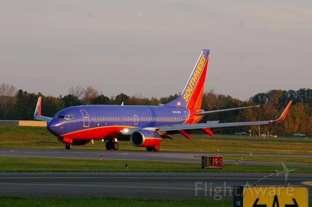 Boeing 737-700 (N4402WN)