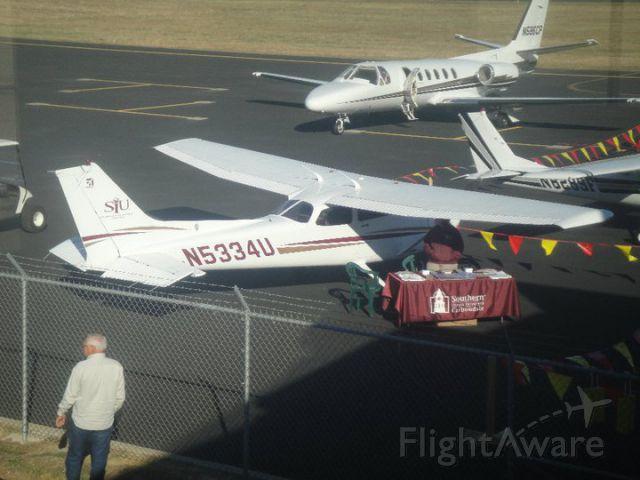 Cessna Skyhawk (N5334U)