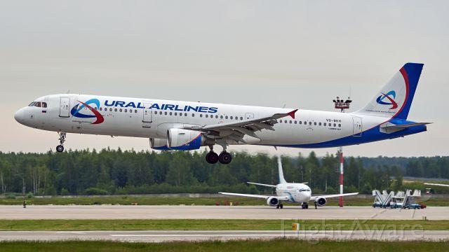 Airbus A321 (VQ-BKH)